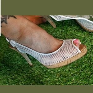 Guess by Marciano sheer white, cork heels